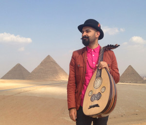 JT with oud at the pyramids